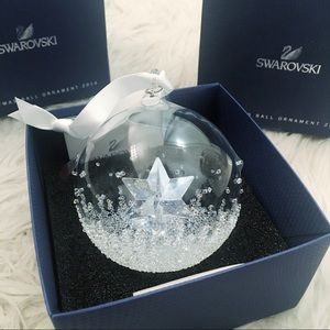 Swarovski Crystal SE 2014 Christmas Ball Ornament